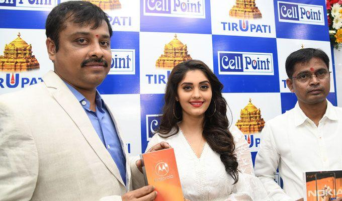 Actress Surabhi Launches Cell Point Show Room In Tirupathi