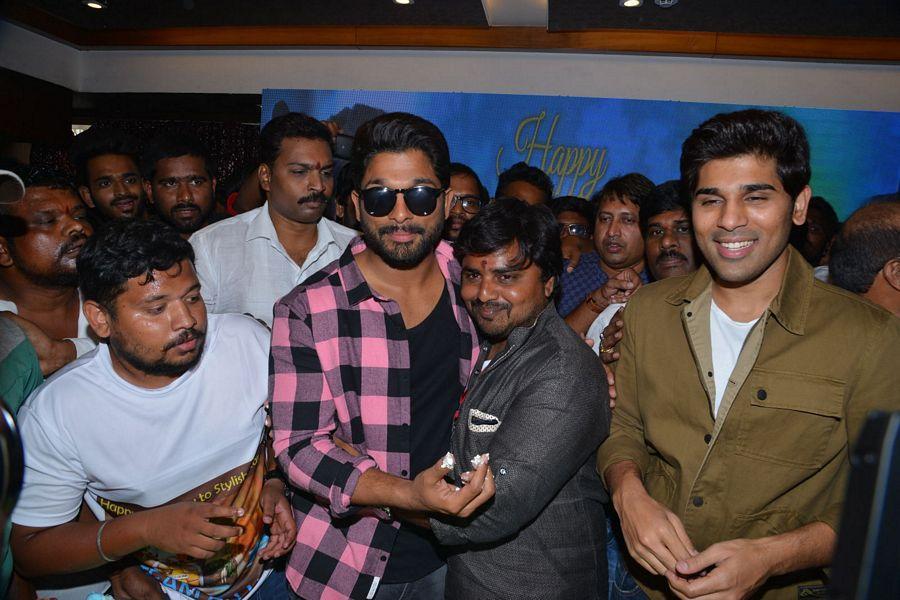 Allu Arjun Birthday Celebrations at FNCC Photos