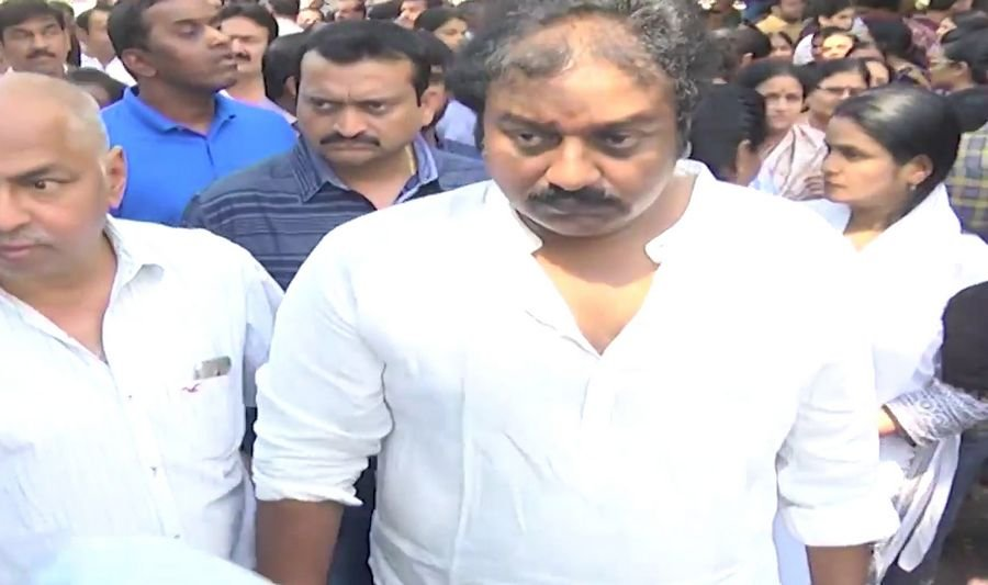 Celebrities at Dil Raju Wife Anitha Funeral