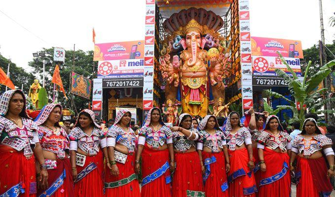 Khairatabad Ganesh Idol 2018!!