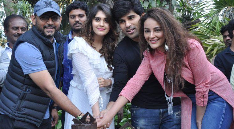 Okka Kshanam Movie Success Meet, Okka Kshanam Movie, Okka Kshanam Movie Success Celebrations, Allu Sirish, Surabhi, I.v.anand, Seerath Kapoor