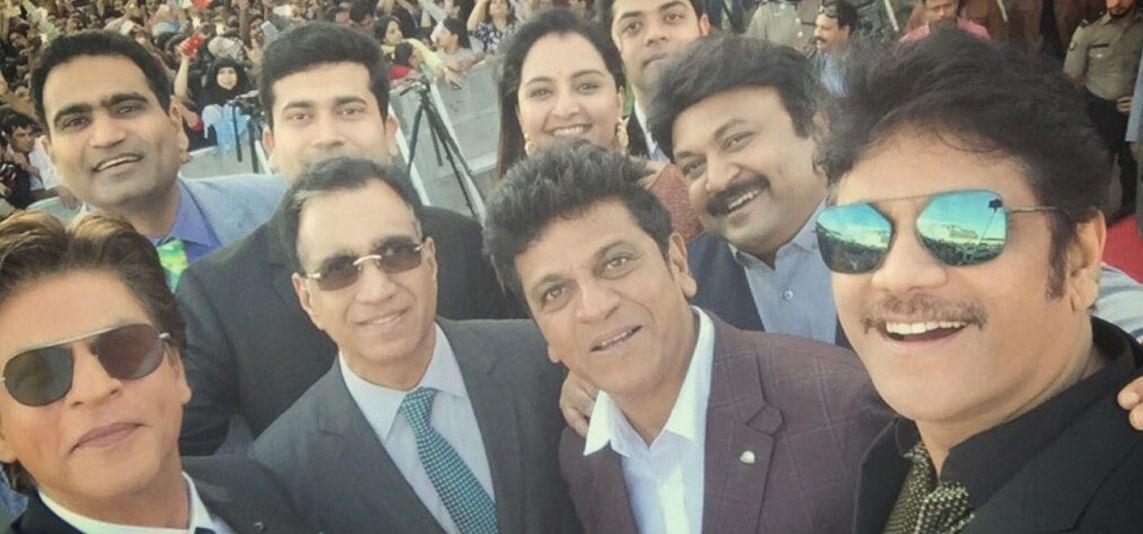 SRK & Nagarjuna launch Kalyan Jewellers in Musqat Photos