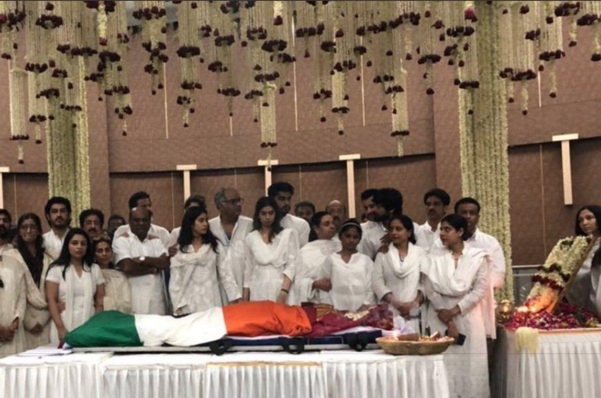 Sridevi Anthima yatra in Mumbai Photos