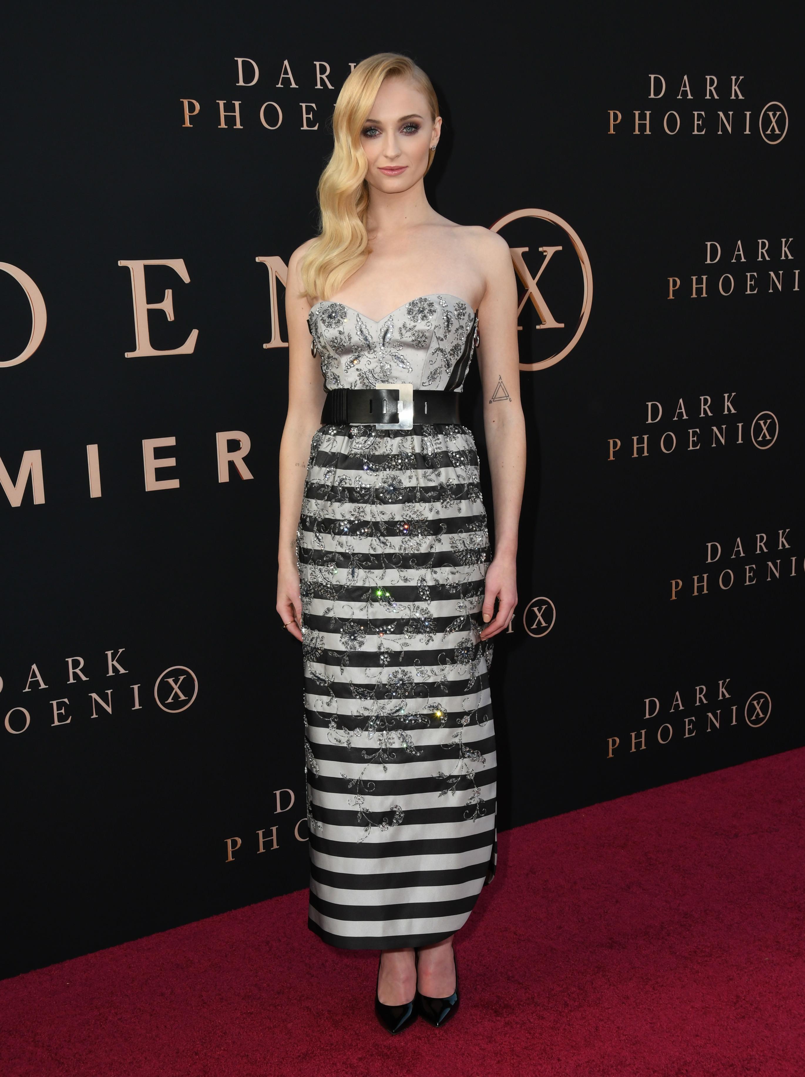 Sophie Turner Sizzling At Dark Phoenix Premiere In Hollywood
