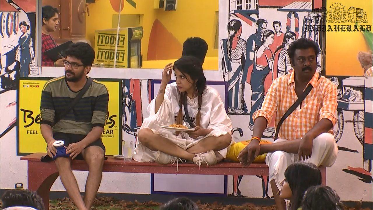 Bigg Boss Tamil Season 3 Day 17 Hot Stills Set 3