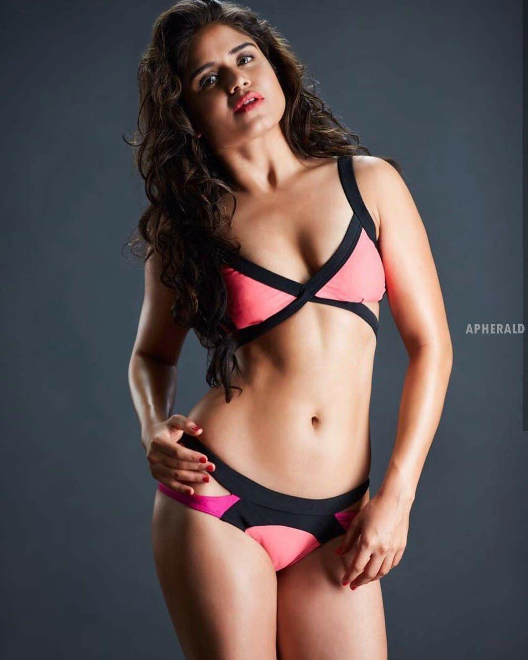 18 Hot Bikini Photos of Model Ranjana Mishra