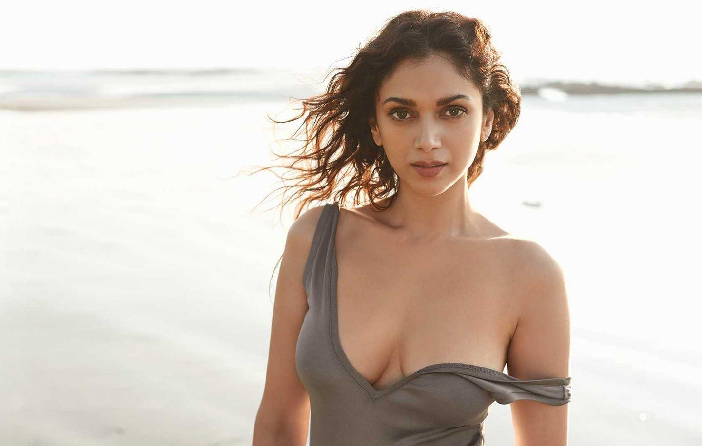 Aditi Rao Hydari Recent Hot Cleavage & Bikini Show Photoshoot Stills