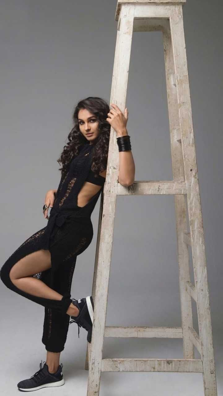 Andrea Jeremiah New Hot Gallery