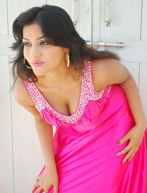 Anitha Reddy Hot & Sexy Gallery