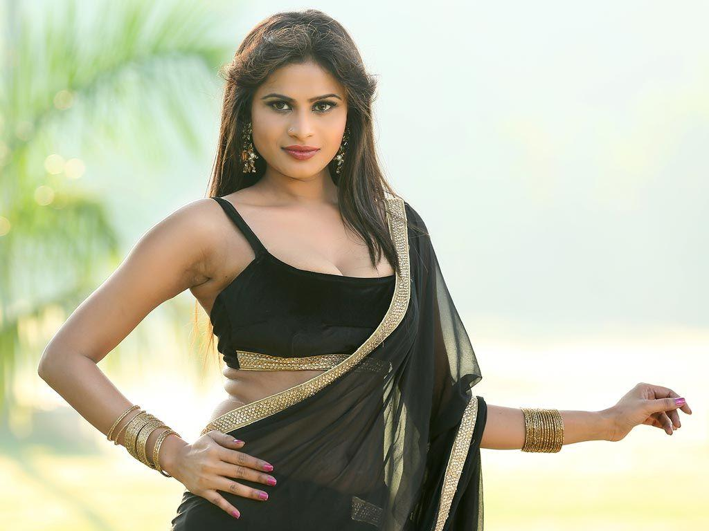 Christina Joy Latest Hot & Spicy Cleavage Show in Black Saree