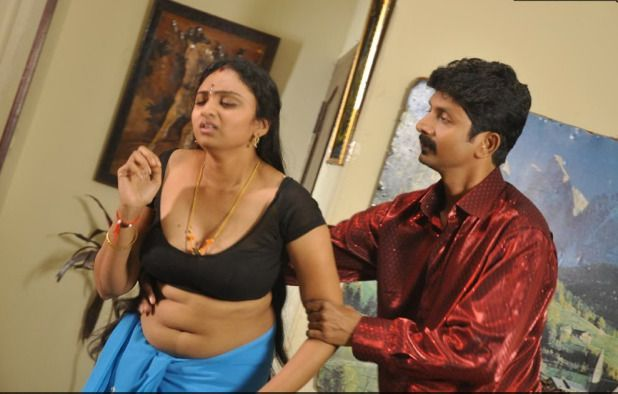 Hot Aunties Navel Photos Collection