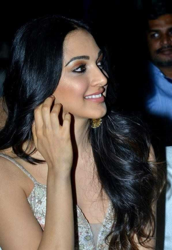 Kiara Advani Latest Hot PhotoPics