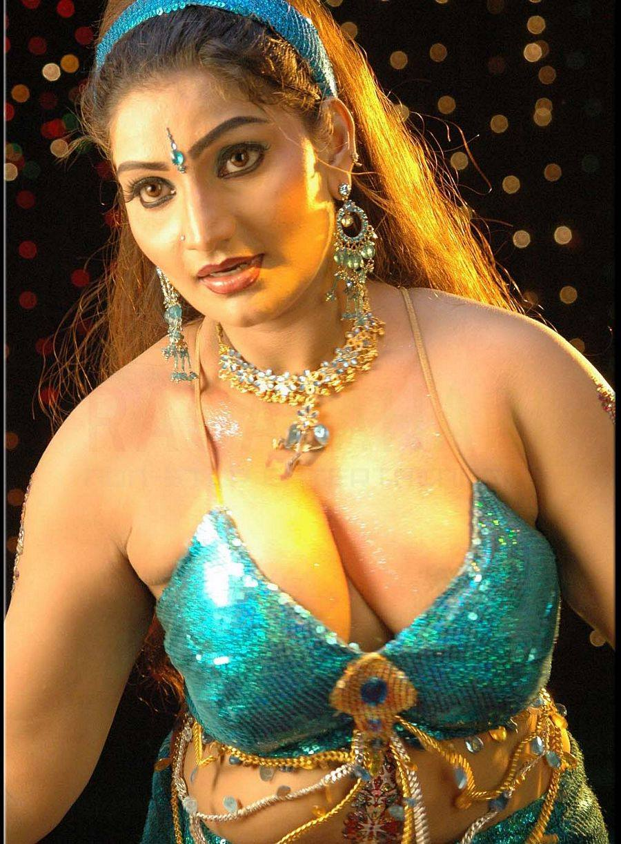 Hot mallu aunty movies