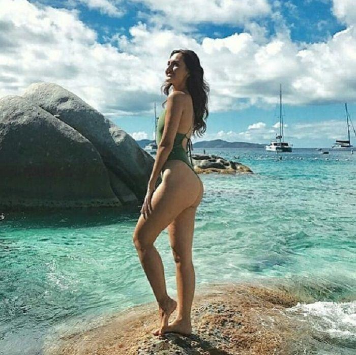 Photos: Miss World Manushi Chillar raises the heat in bikini