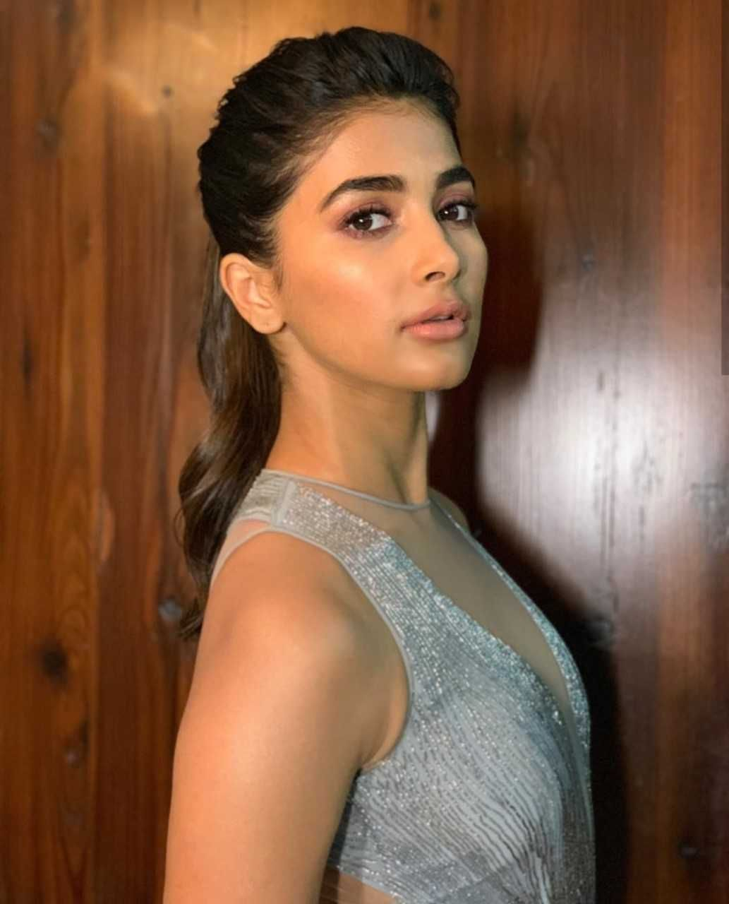 Pooja Hegde Latest Spicy Images