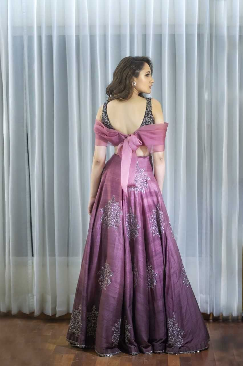 Pragya Jaiswal Hot Sexy Pics