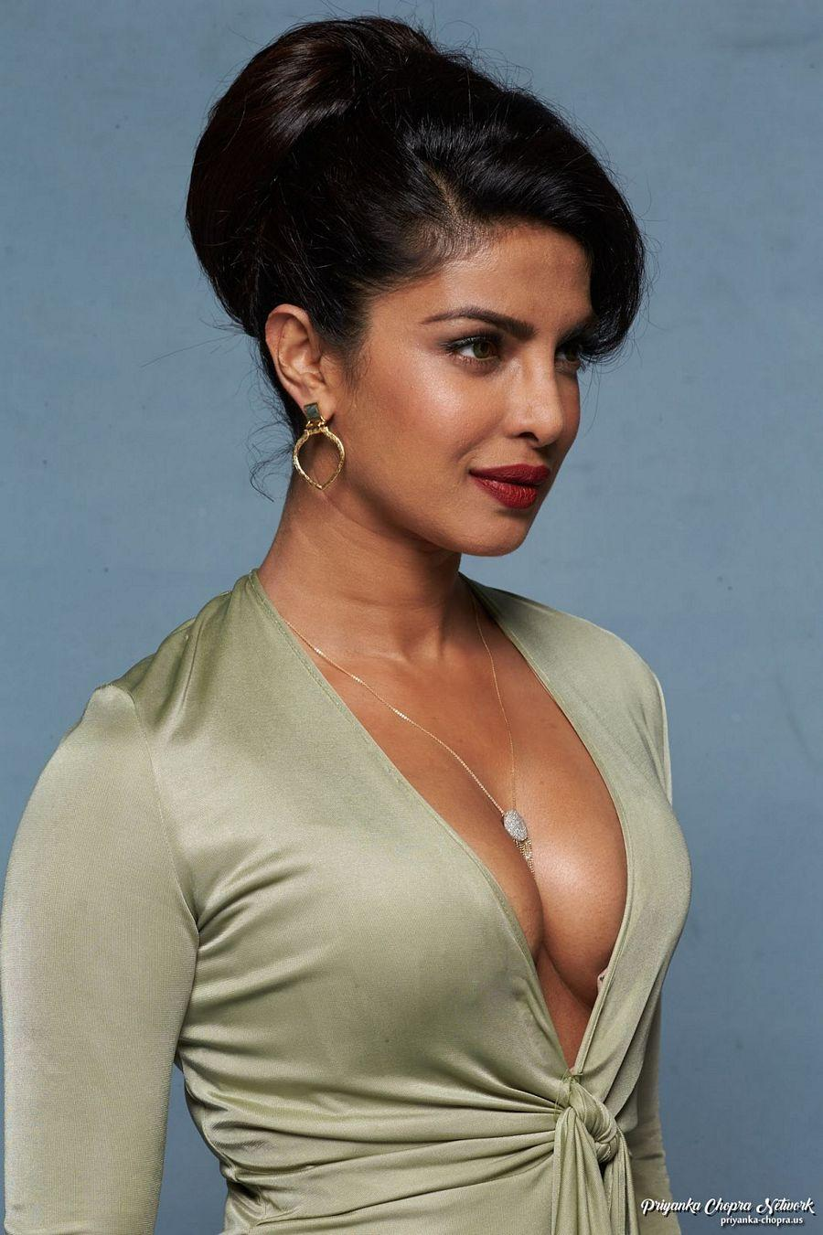 Sexy picture of priyanka chopra