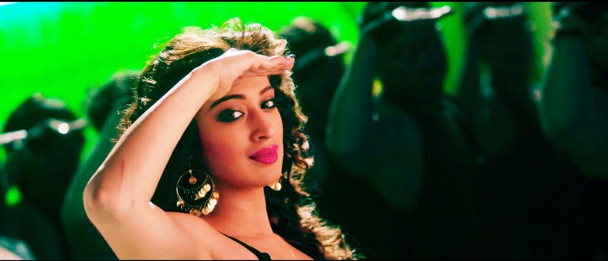 Raai Laxmi: Hot, Sexy & Sizzling Pictures of the 'Julie 2' Movie