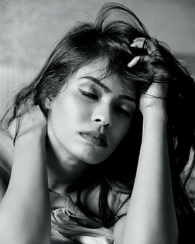 Reshma Mirza Hot & Spicy Bikini Photoshoot Stills