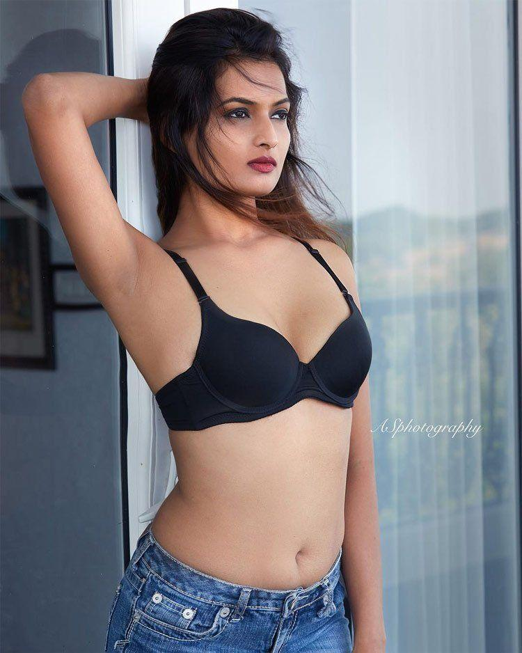 Sneha Hot In Bikini