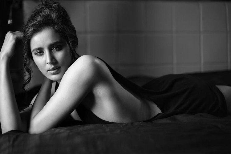 Sonali Barthwa Latest Hot Photoshoot Stills