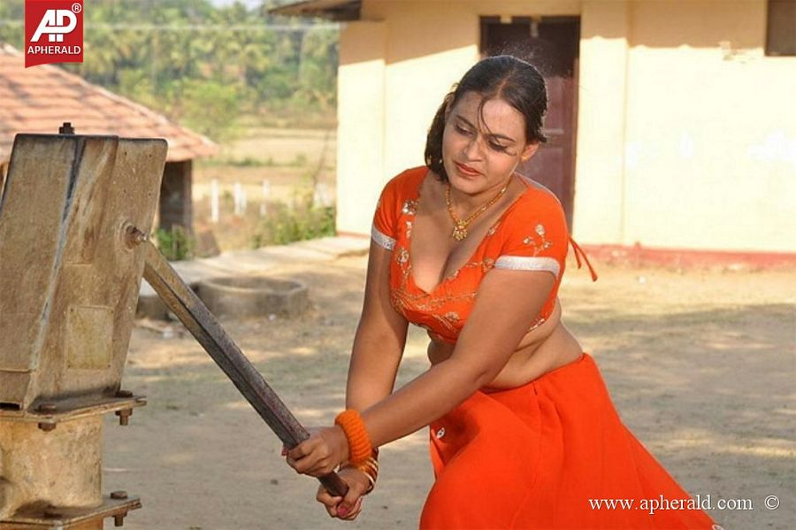 South India Hot Sexy Actress Pictures