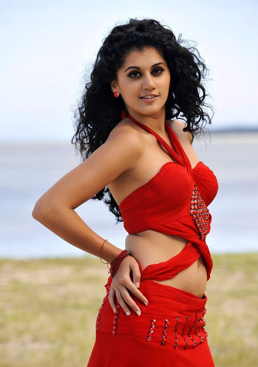Taapsee gets a huge support