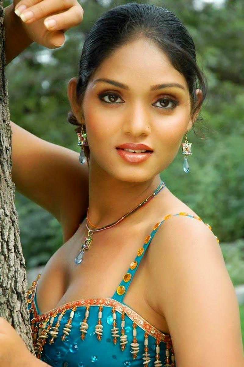 B Grade South Indian Hottest Photos