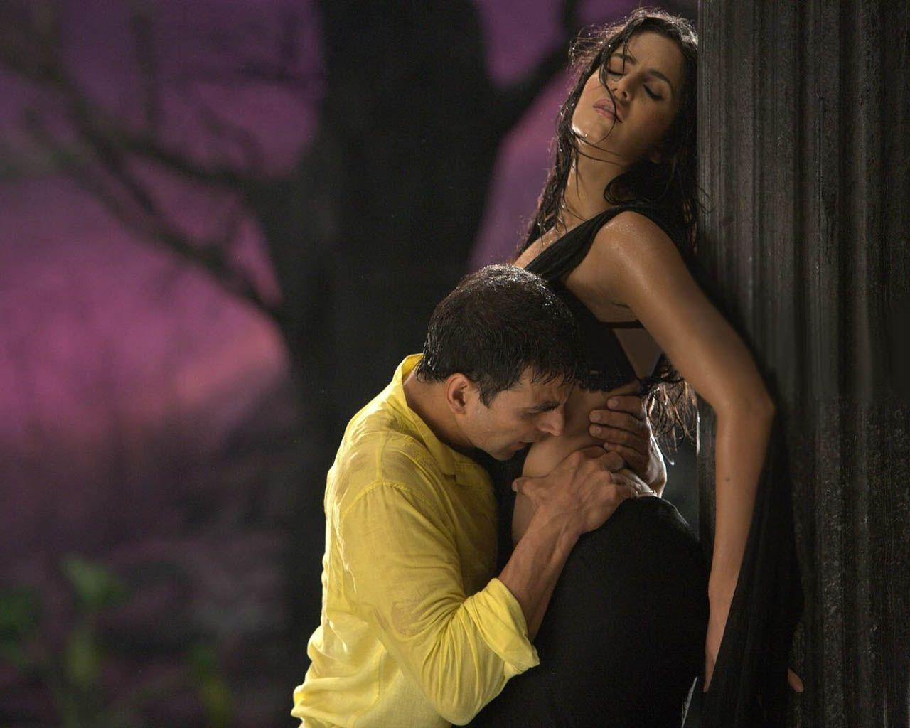 Whipping scenes in mainstream movies-9924