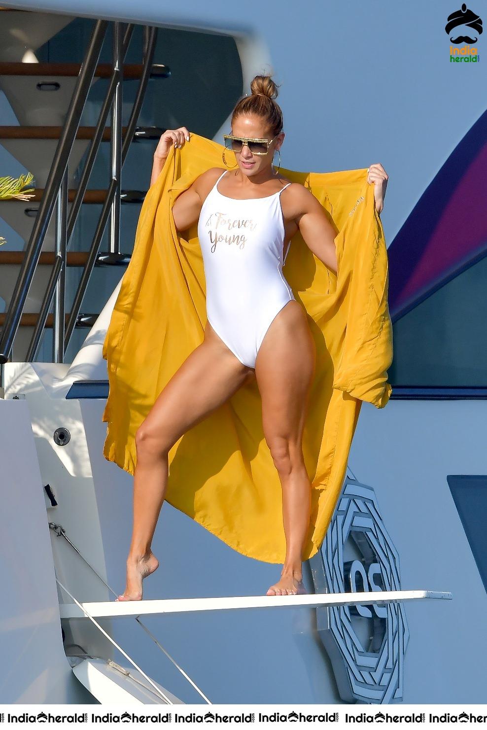 Jennifer Lopez Hot In A Swimsuit On A Yacht In Saint Tropez Set 3