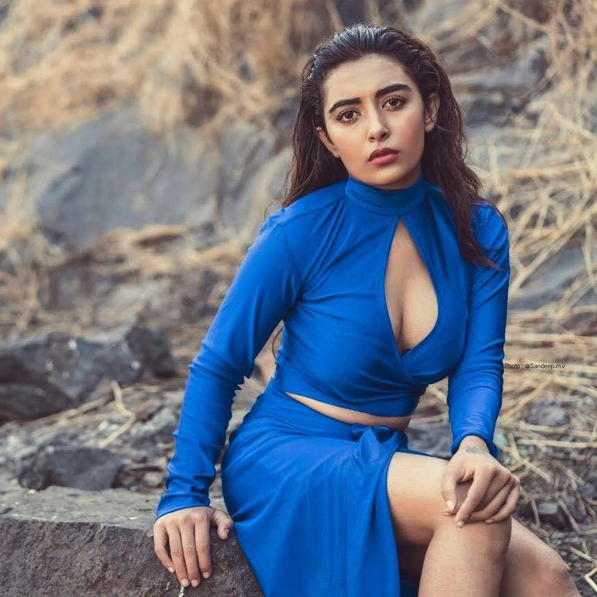 Jinal Joshi Actor Latest Hot Photoshoot Stills