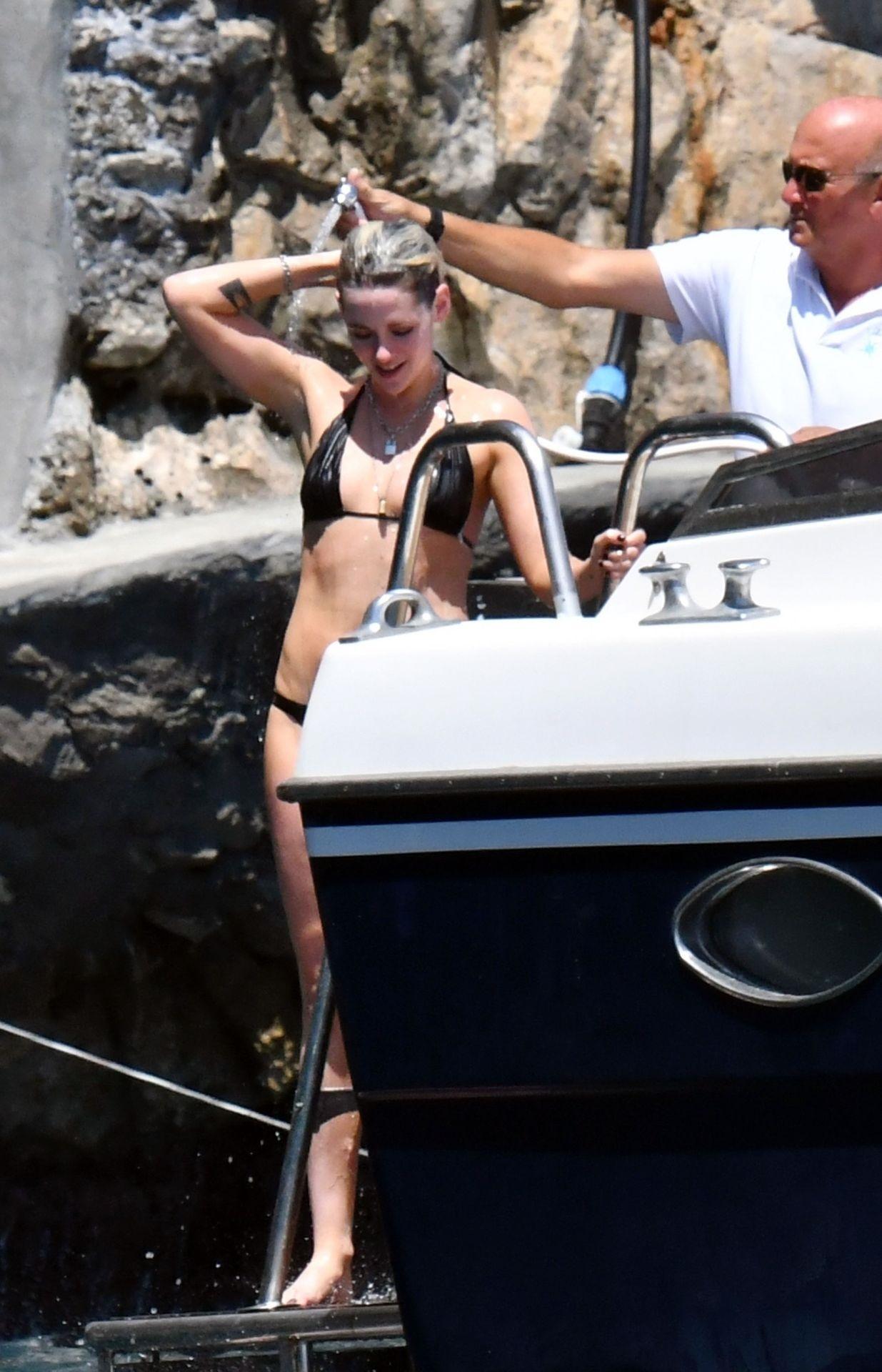 Kristen Skewart In A Bikini On A Yacht In Italy Set 3