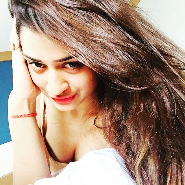 TV Actress Payal Rajput Rare & Unseen Hot Photos Collections!