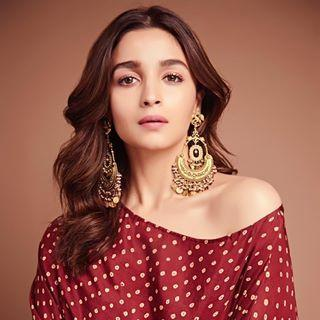 Alia and Crew at kalank promotions