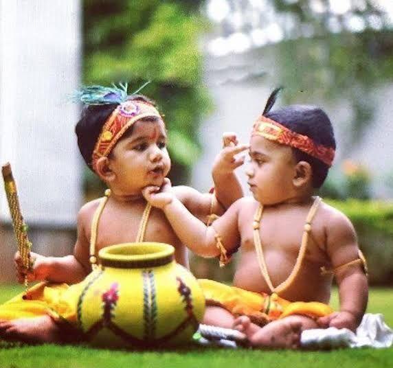 Allu Arjun kids celebrate Krishnashtami Photos