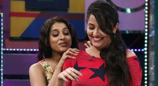 OMG! Anchor Anasuya Smoking Cigarette With Rashmi & Unseen Photos
