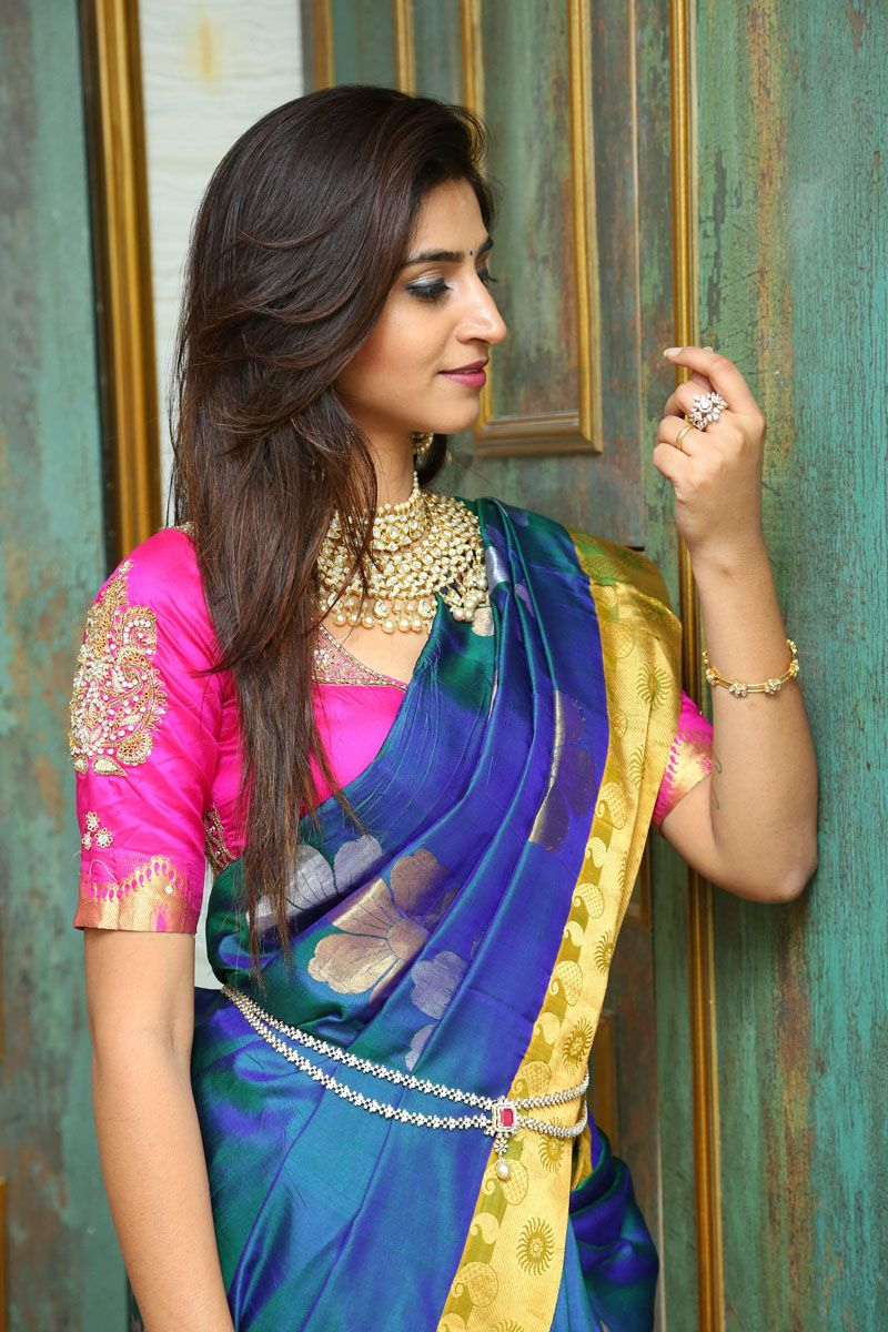 Anchor varshini Beautiful Photos
