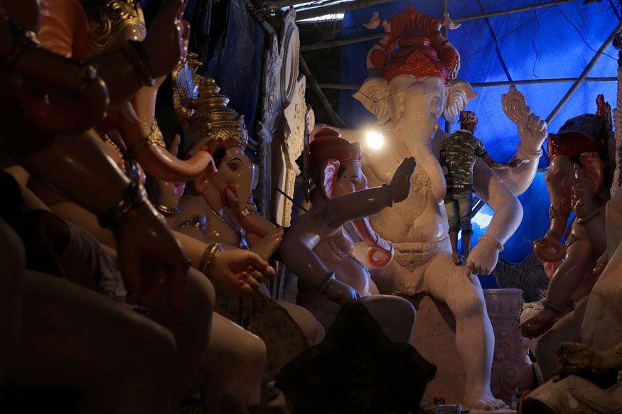 Bring Ganapati Idols Ahead of Ganesh Chaturthi Festival