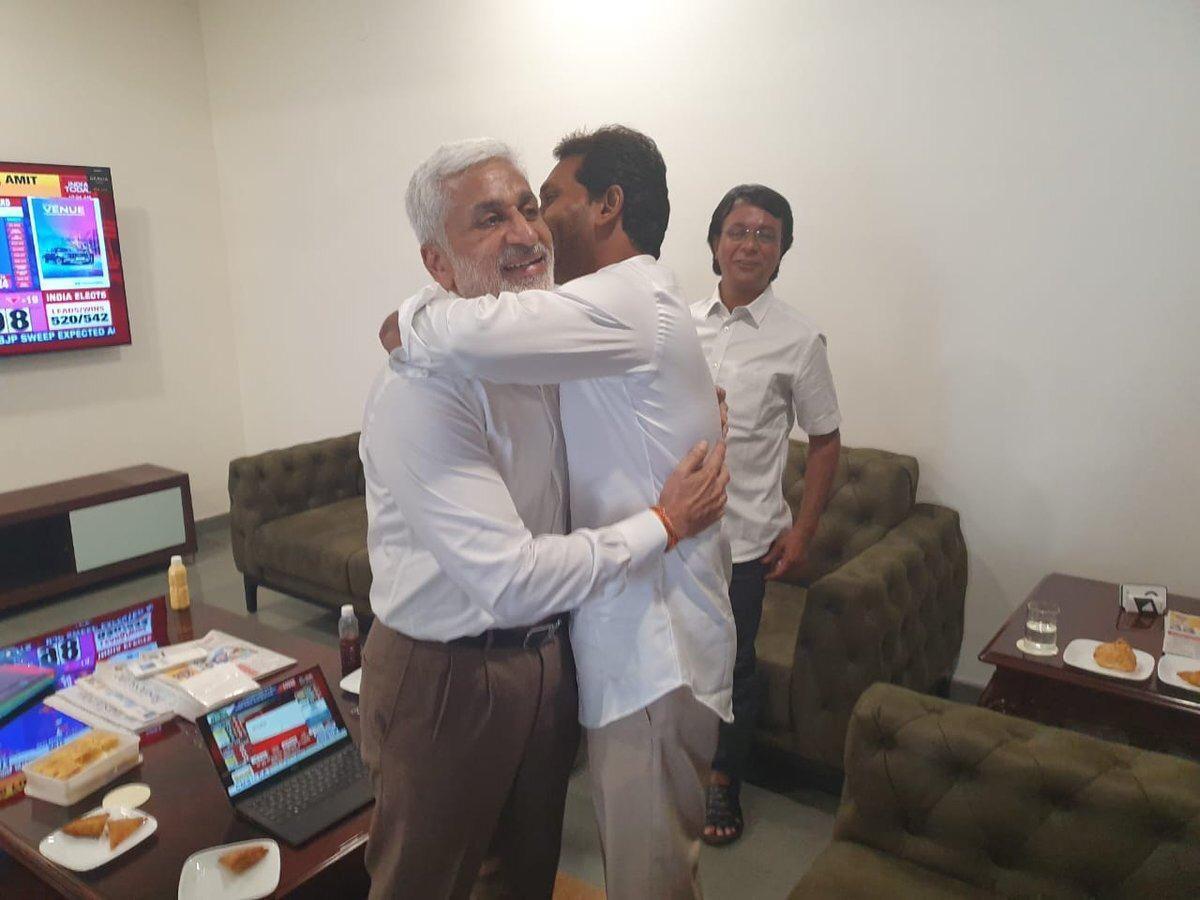Jagan Mohan Reddy Photos with Vijay sai