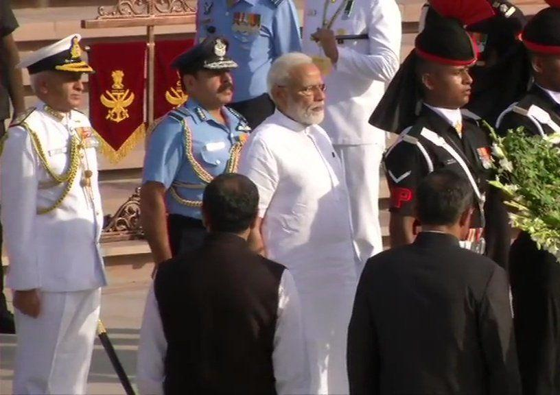 PM Modi pays tribute at the National War Memorial