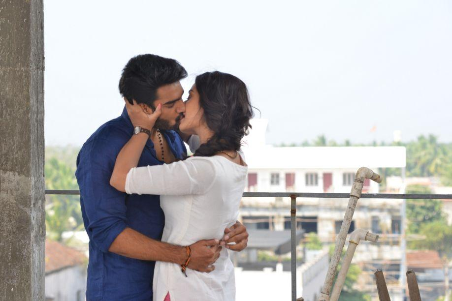 RX100 Payal Rajput and Kartikeya Lip Lock Stills