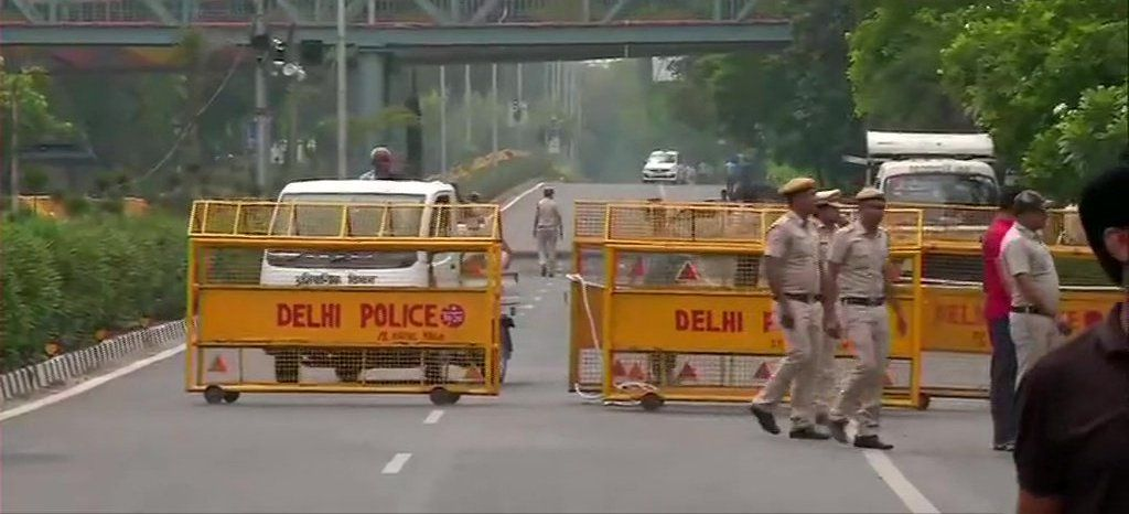 Security Tightened in BJP HQ in Delhi after they lead by 295 Seats