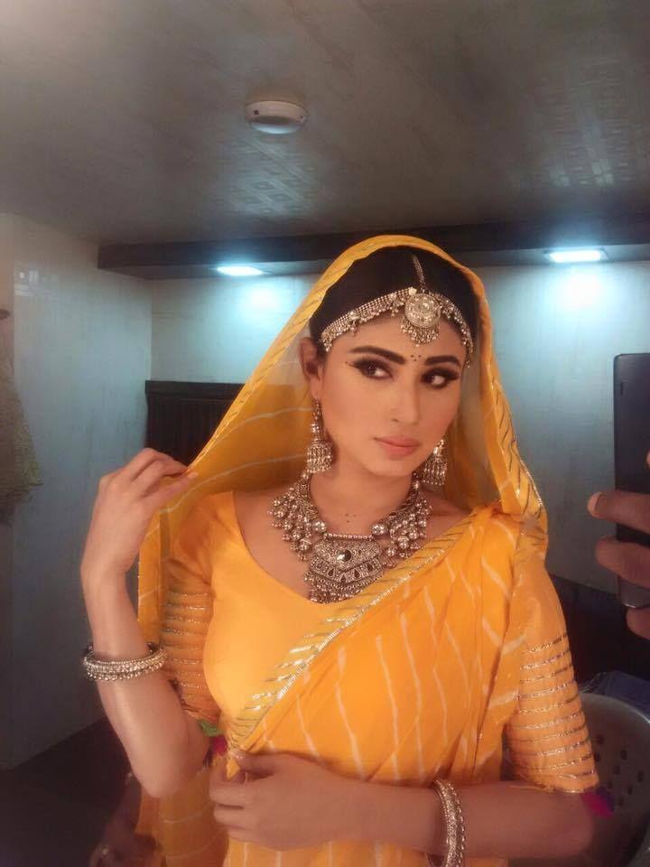 actress hot viral photos