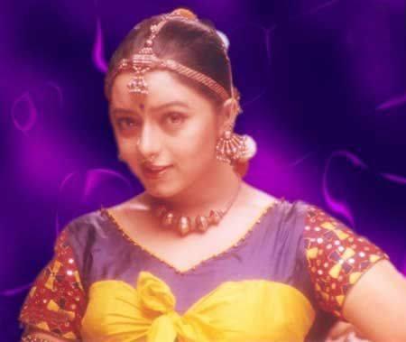 Soundarya hot with prabhu deva youtube.