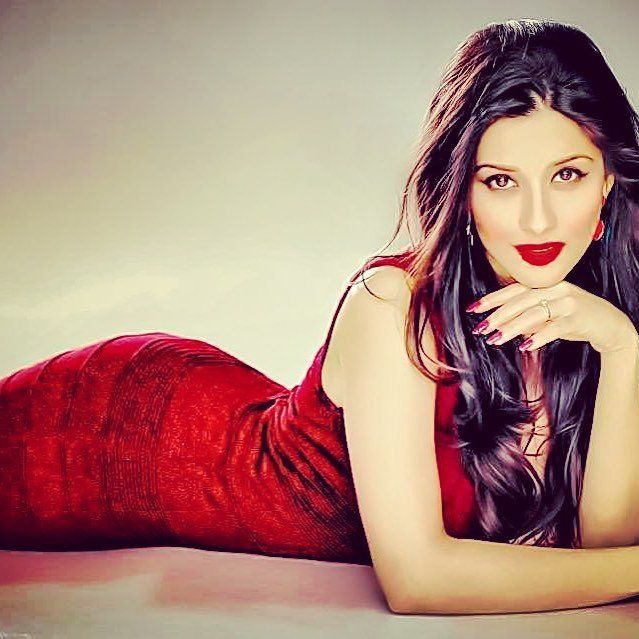Temple Fame Madhurima Hot PhotoShoot