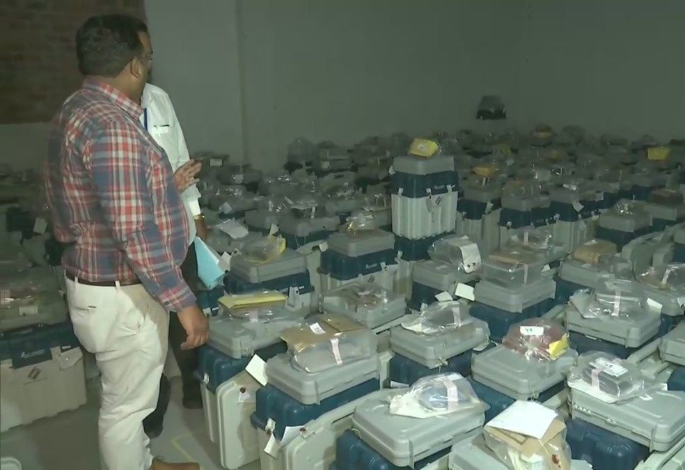 Vote counting underway in Gurdaspur