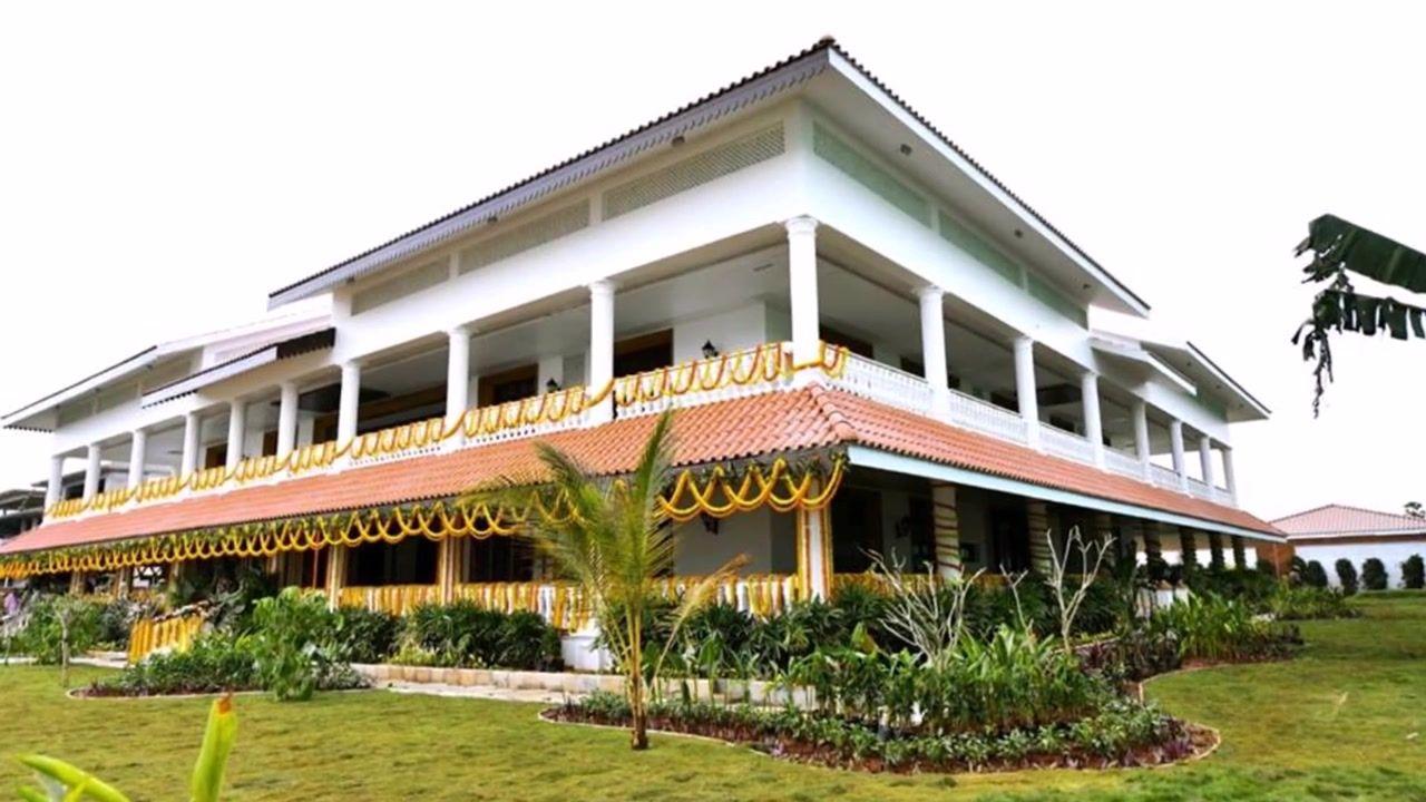 YS Jagan New Housewarming Ceremony Photos