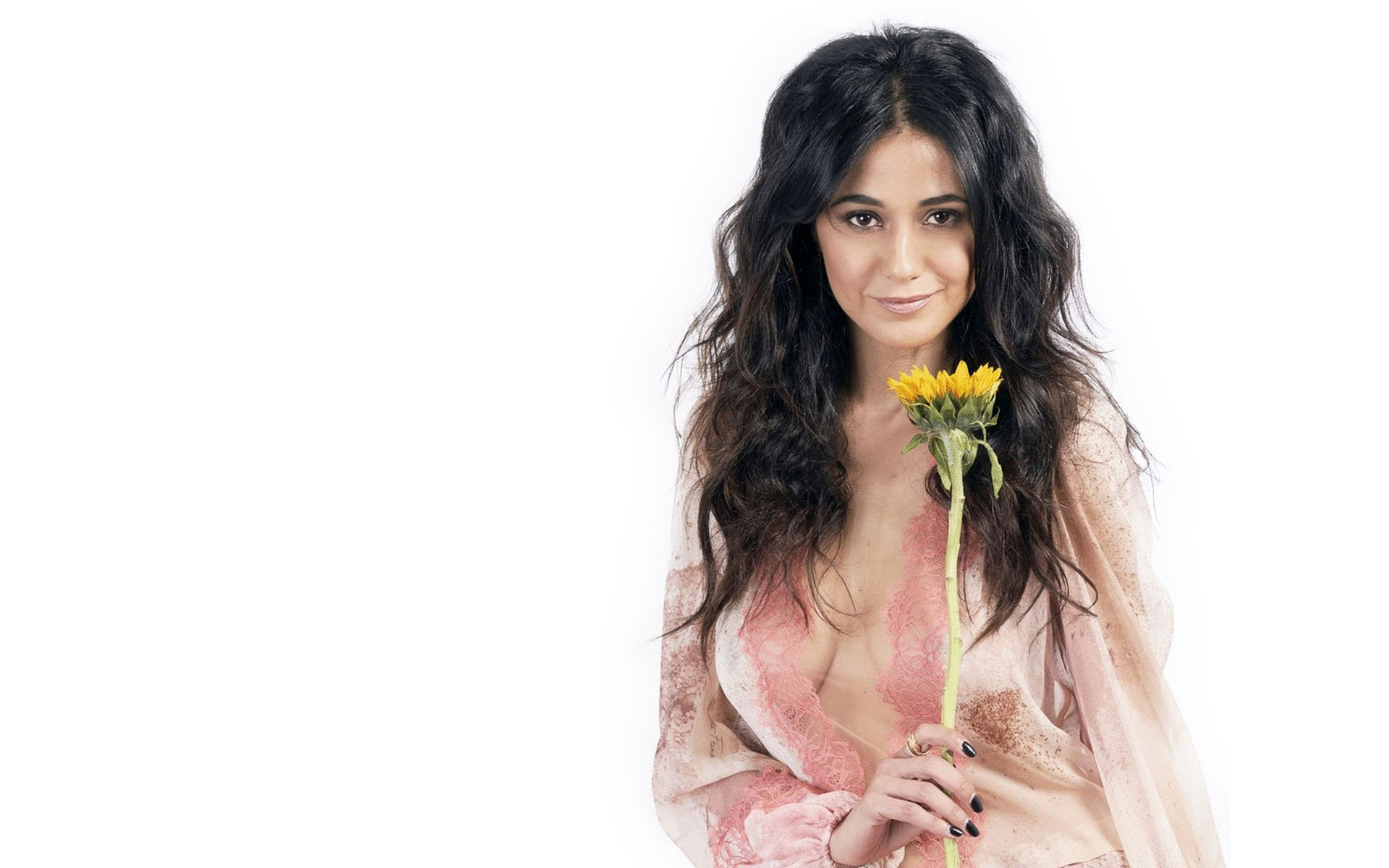 Emmanuelle Chriqui Hot Wallpapers