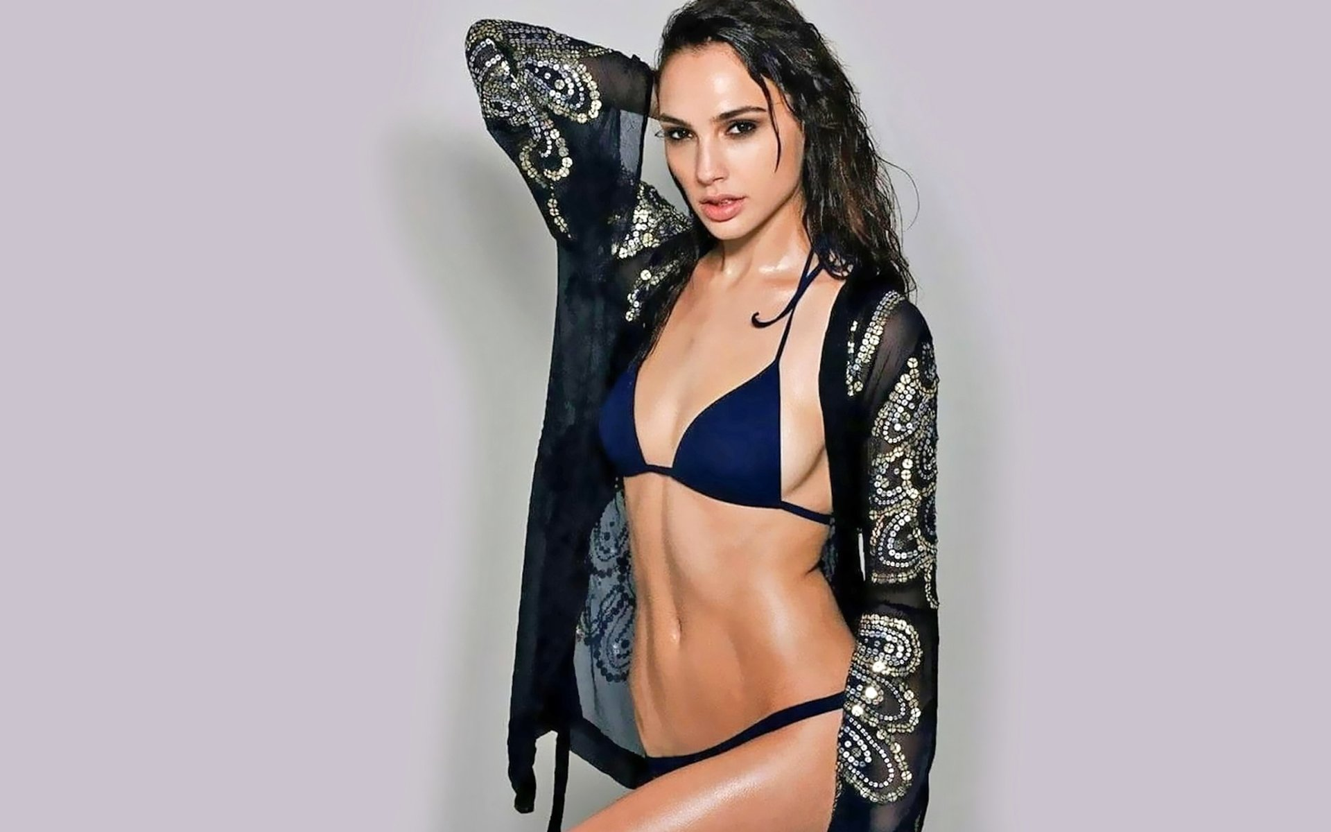 Gal Gadot Sexy Wallpapers