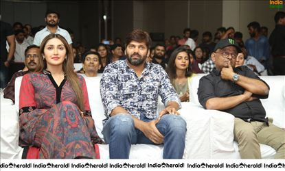 Actor Arya And Sayyeshaa Seen Together And They Look Gorgeous Set 2